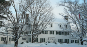 The Secluded Restaurant In New Hampshire That Looks Straight Out Of A Storybook