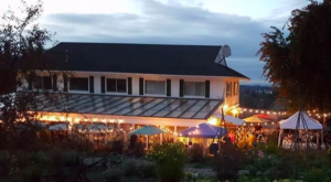 This Greenhouse Restaurant In Washington Is The Most Enchanting Place To Eat