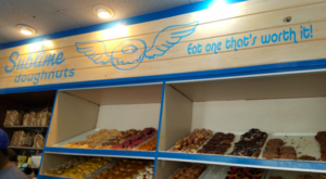 This 24-Hour Doughnut Shop In Georgia Satisfies Both Your Salty & Sweet Cravings All In One Shot