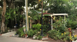 This Unexpectedly Awesome Restaurant In Florida Will Make You Do A Double Take
