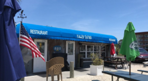 This Amazing Seafood Shack On The Florida Coast Is Absolutely Mouthwatering