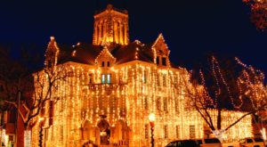This Holiday Light Trail In Texas Is Everything You Need This Season And More