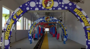 The World's Longest Car Wash Is Right Here In Texas And You'll Want To Go Through It