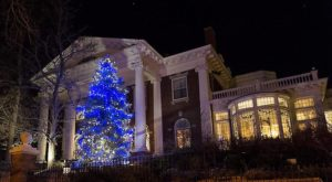 The One House In Denver That Turns Into A Magical Holiday Wonderland Each Year