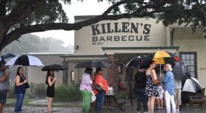9 Famous Restaurants In Texas That Are So Worth Waiting In Line For