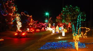 You'll Love The Dreamy Ride Through The Largest Drive-Thru Light Show In Oklahoma