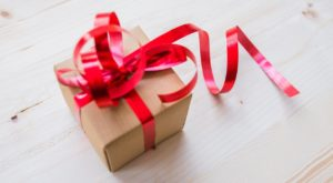 Follow These Rules To Avoid Having Your Christmas Presents Unwrapped At The Airport