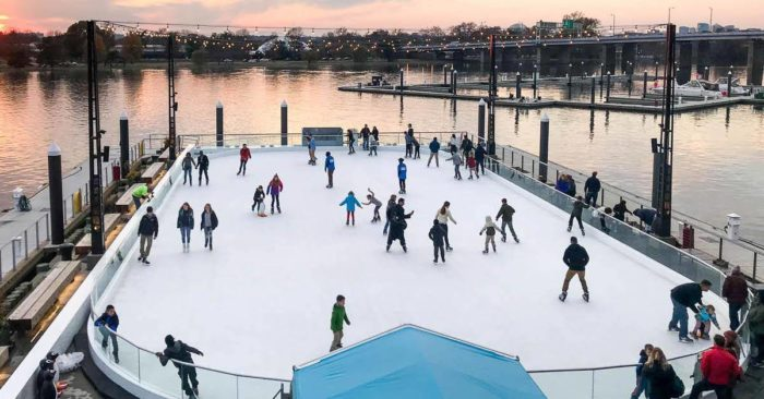 6 Best Neighborhoods In Dc During Christmastime
