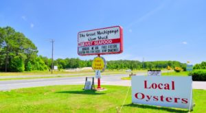 This Amazing Seafood Shack On The Virginia Coast Is Absolutely Mouthwatering