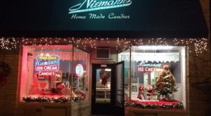 You'll Love A Visit To This Amazing Wisconsin Store Where Candy Canes Are Made