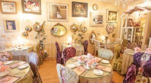 The Whimsical Tea Room In Arizona That's Like Something From A Storybook