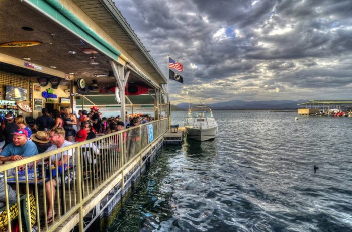 You Will Love Dining At Dillon S Bayou At Lake Pleasant In