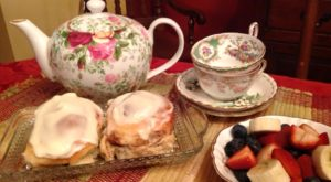 The Whimsical Tea Room In Iowa That's Like Something From A Storybook