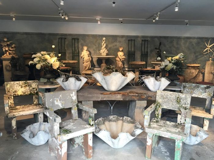 Woodbury Is Connecticut 39 S Antiques Capital Where You Can Visit More Than 25 Charming Stores