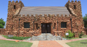 The Little-Known Church Hiding In Oklahoma That Is An Absolute Work Of Art