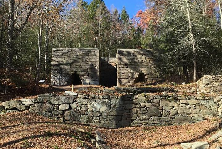 The Abandoned Mining Town In Connecticut That Will Take You On A Trip Into The Past