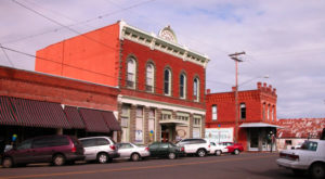This Charming Small Town In Oregon Perfectly Captures The Spirit Of The Old West