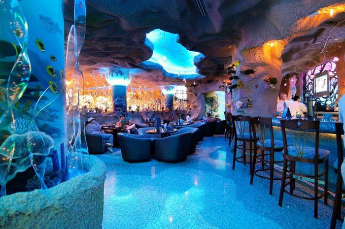 The Downtown Aquarium Restaurant Is A Unique Denver Dining ...