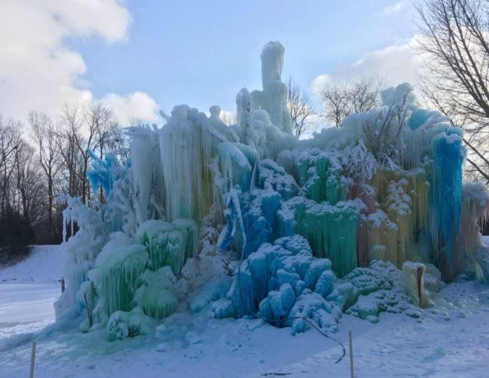 Veal S Ice Tree Is The Best Cold Weather Winter Attraction