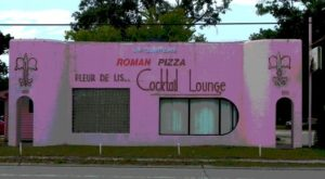 This Local Pizzeria Is A Louisiana Institution, And You Should Check It Out