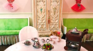 The Whimsical Tea Room In Louisiana That's Like Something From A Storybook