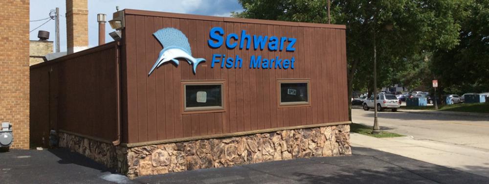 Schwarz fish market in sheboygan is a no frill fish market for Fish market cincinnati
