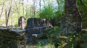 These 11 Georgia Hiking Trails Lead To Some Incredible Pieces Of History
