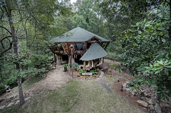 11 Off The Grid Destinations In Mississippi That Will Take