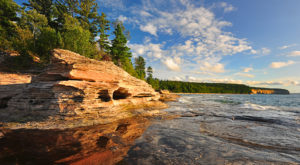 11 Indisputable Reasons Why You Should Move Far, Far Away From Michigan