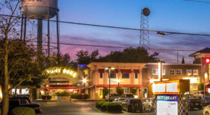 This One Of A Kind Restaurant In South Carolina Is Fun For The Whole Family