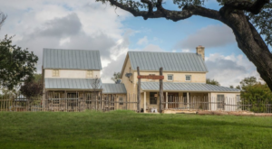 The Bed And Breakfast With Themed Rooms That Take You On A Journey Through Texas History