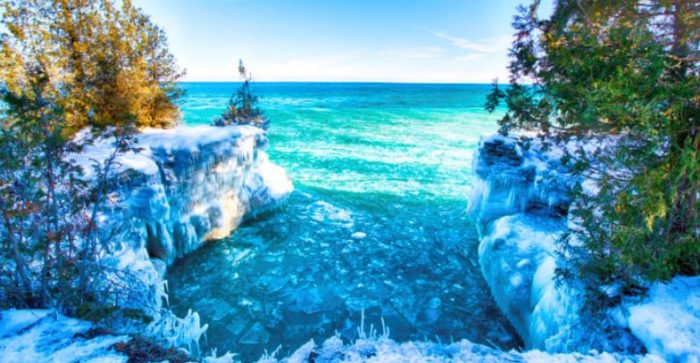 14 Breathtaking Ice Formations That Prove Winter Is The Most Beautiful Season Of Them All