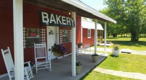 The Oklahoma Bakery In The Middle Of Nowhere That's One Of The Best On Earth
