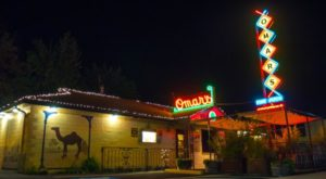 Here Are The 13 Most Iconic Bars In All Of Oregon