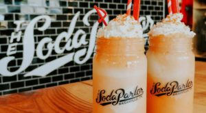 You'll Absolutely Love This 50's Themed Diner In Nashville