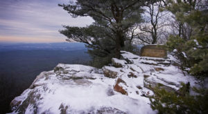 The Short Winter Hike In Alabama That Offers The Most Spectacular View