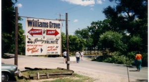 Everyone In Pennsylvania Should See What's Inside The Gates Of This Abandoned Amusement Park
