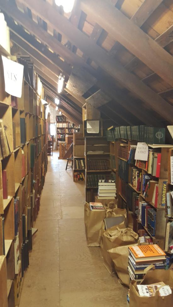 Baldwin S Book Barn This 5 Story Bookstore In