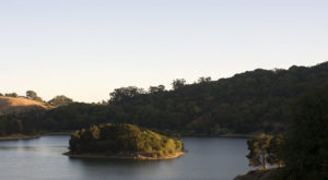 The Easy Hike Near San Francisco That Takes You Straight To A Beautiful Lake