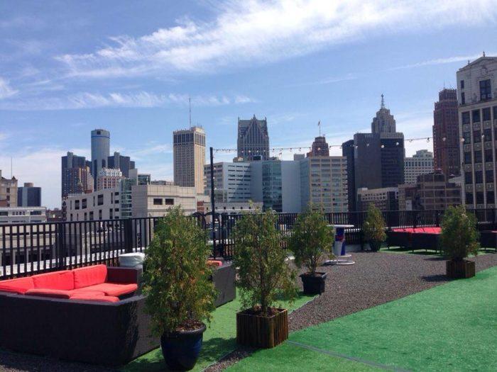 8 Restaurants In Detroit With The Best Skyline Views
