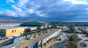 Using These 7 Alternative Airports Could Save You A Lot Of Money