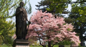 The One Cemetery In Cleveland That's Almost Too Beautiful For Words