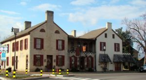The Oldest Bar In Kentucky Has A Fascinating History