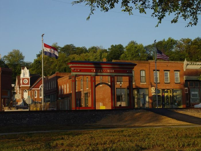 The Small Town Near St. Louis You've Never Heard Of But Will Fall In Love With