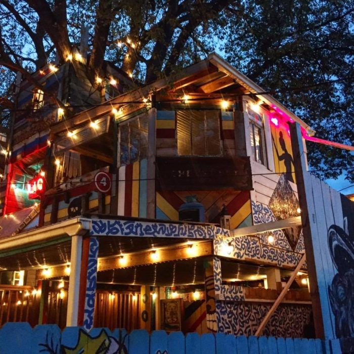 The Treehouse Restaurant In Nashville That's Straight Out