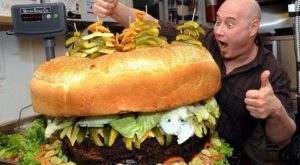 You Can Order The World's Largest Burger At This Unassuming Midwest Spot