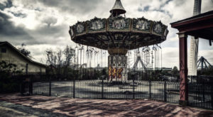 Everyone In Louisiana Should See What's Inside The Gates Of This Abandoned Amusement Park