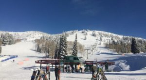 This Magnificent Wyoming Ski Resort Is One Of The Most Underrated In The Country