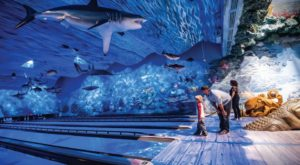 This One-Of-A-Kind Ocean Themed Restaurant And Bowling Alley In Florida Is Insanely Fun