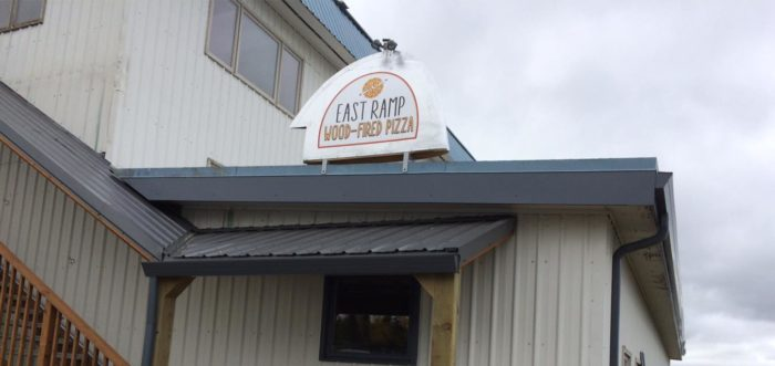 Watch Planes Take Off At This Awesome Pizzeria In Alaska